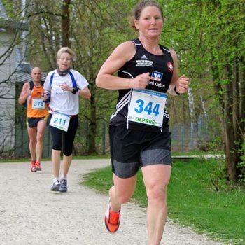 Bayerische Halbmarathon-Meisterschaften 2018 - Eva Scheu
